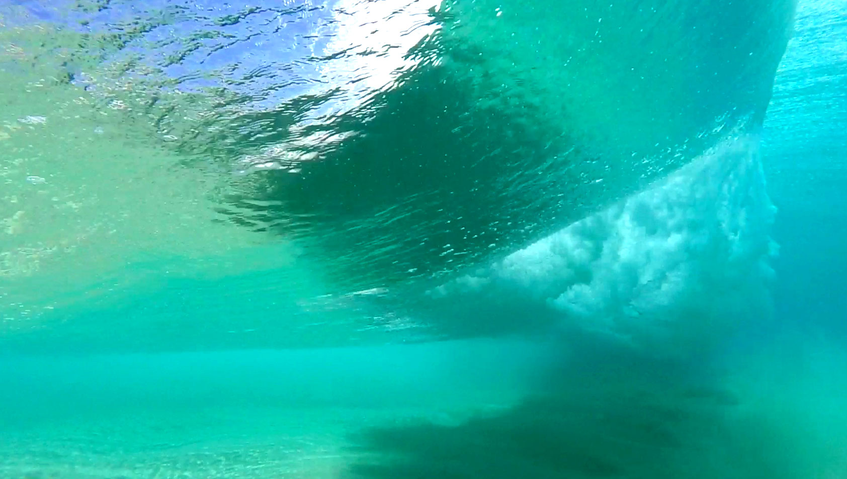 learn to surf: how to read the waves